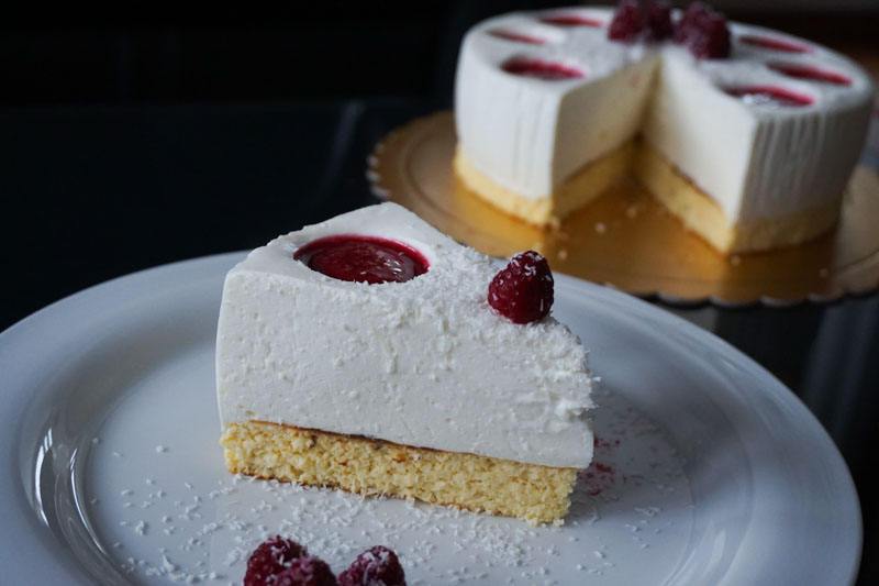 jogurt-kokos torta-9